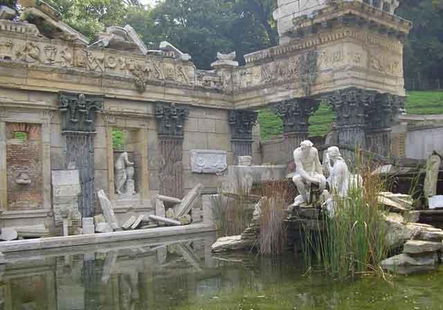 Римские руины в парке Шенбрунн